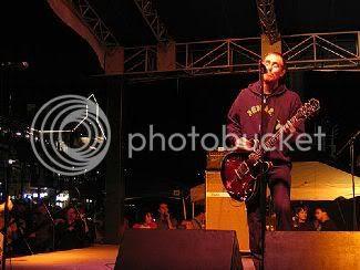 Ted Leo @ 2005 Seaport Music Festival: photo by Kathryn Yu - http://kathrynyu.com