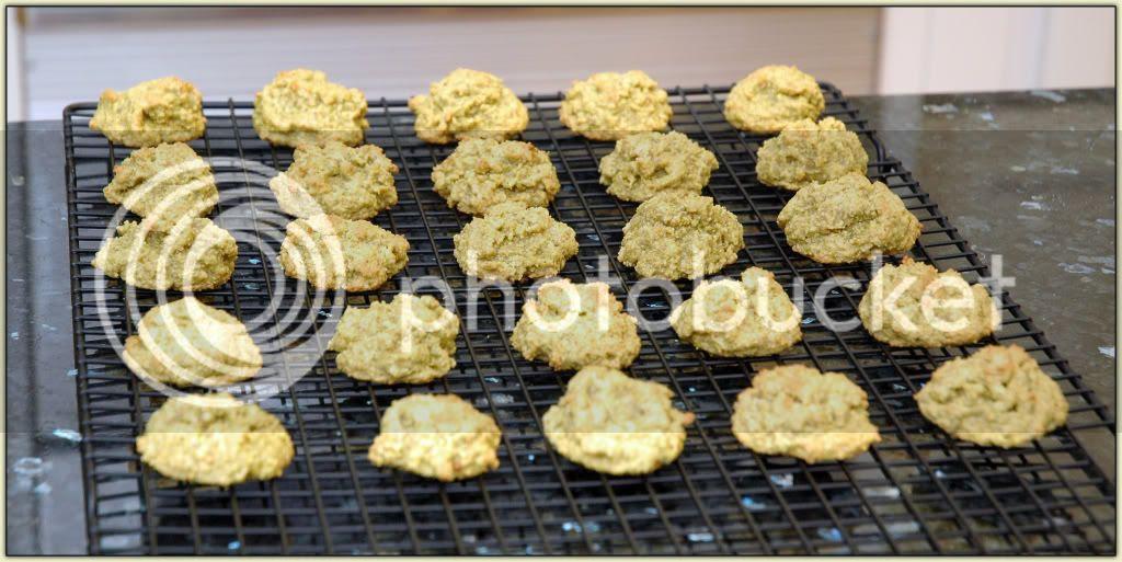Pistachio-Ginger Macaroons