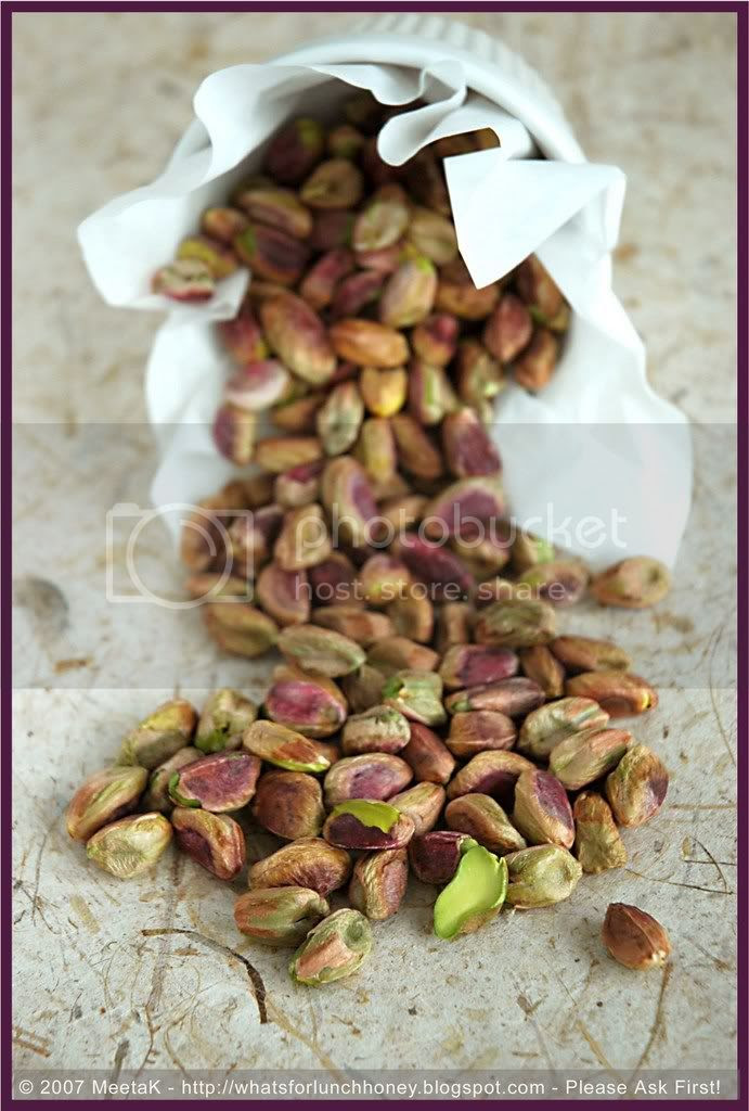 Nuts Pistachios 01 by MeetaK