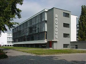 Deutsch: Das von Walter Gropius entworfene Bau...