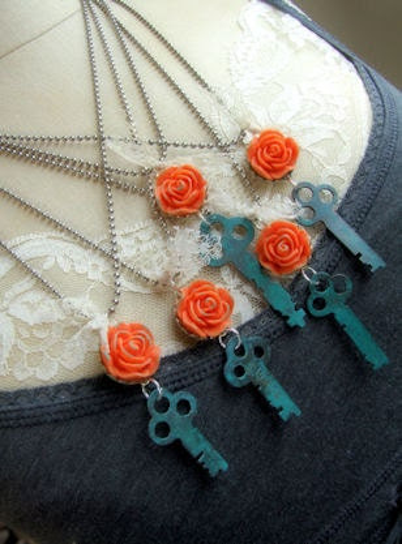 Vintage Key Necklace - Salvaged Beauty