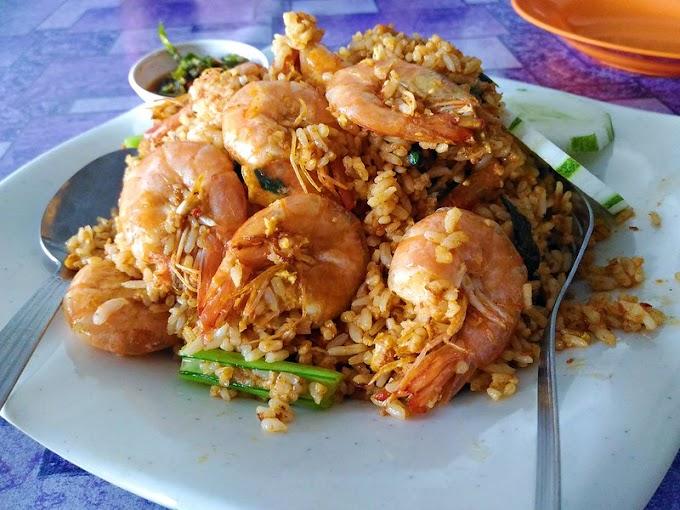 Nasi Goreng Dan Mee Banjir Udang Tronoh