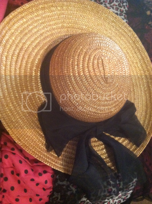 photo thrifting1_zps72f87447.png