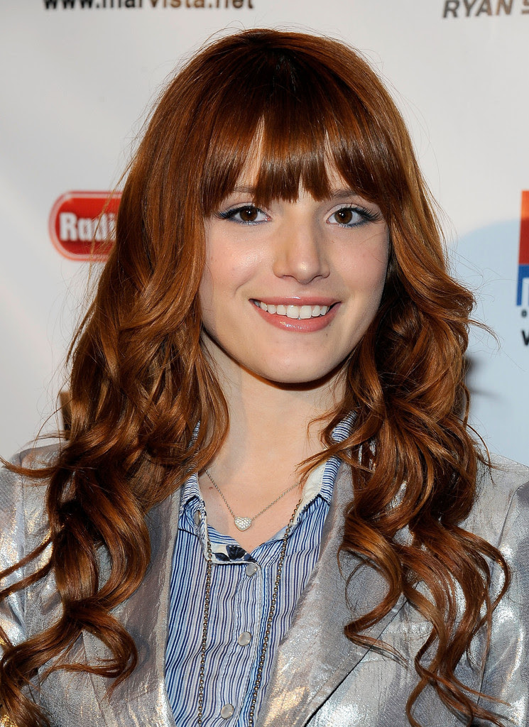 Bella Thorne Long  Wavy Hairstyles  With Bangs  Fashion