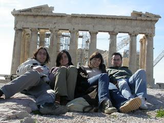Kostas, María, Mila y yo en el Acropolis