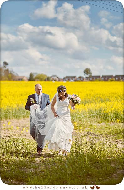 Beautiful suffolk wedding photos - www.helloromance.co.uk