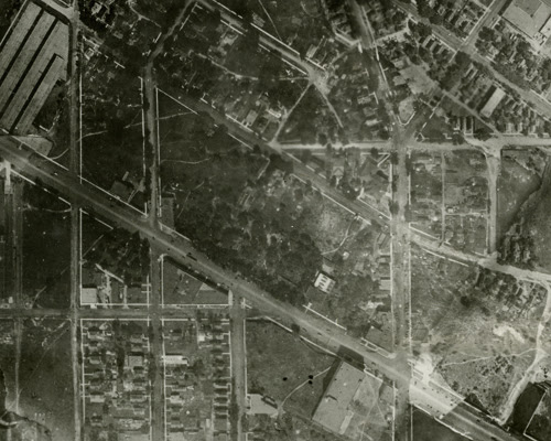 Northwest block of University & Raymond northwest in 1923