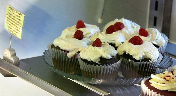Raspberry Delight Cupcakes