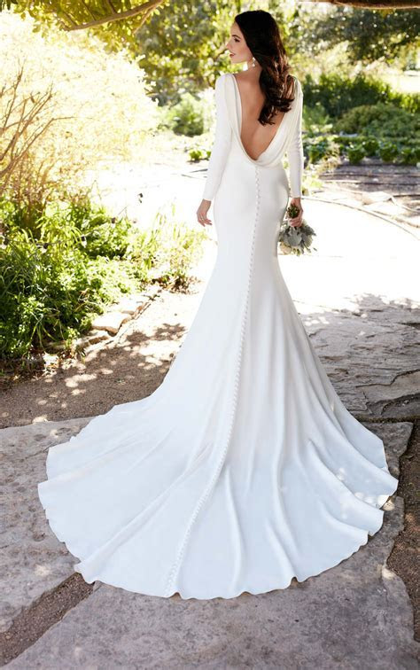 Long Sleeved Wedding Dress with Bateau Neckline   Martina