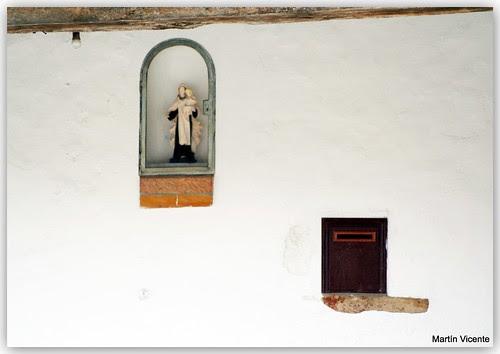 Cada santo en su hornacina