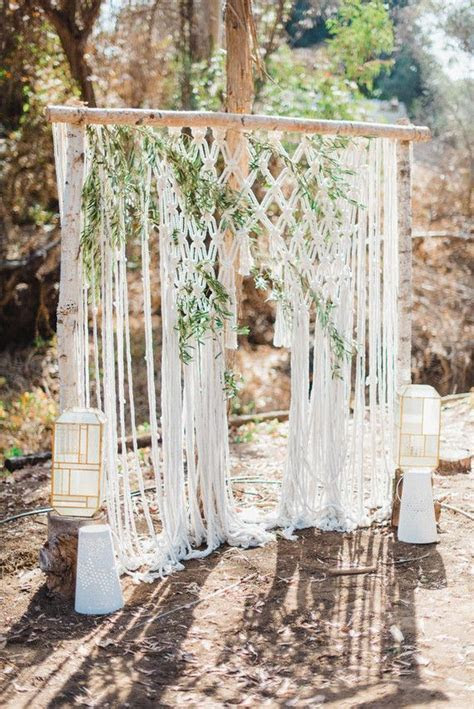Best 25  Vintage wedding backdrop ideas on Pinterest