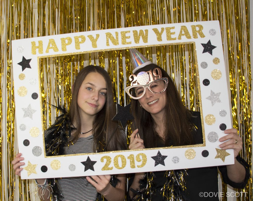 Diy New Years Photo Booth Picture Frame Dovie Scott