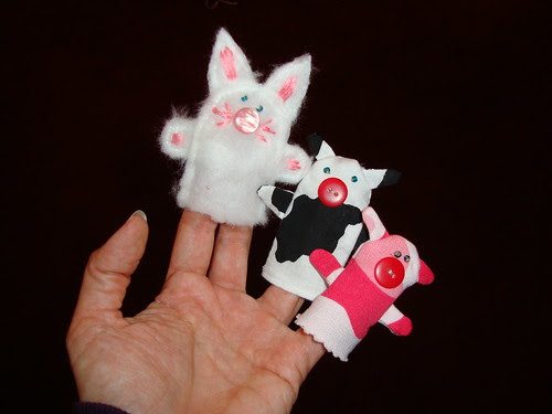 animal finger puppet trio