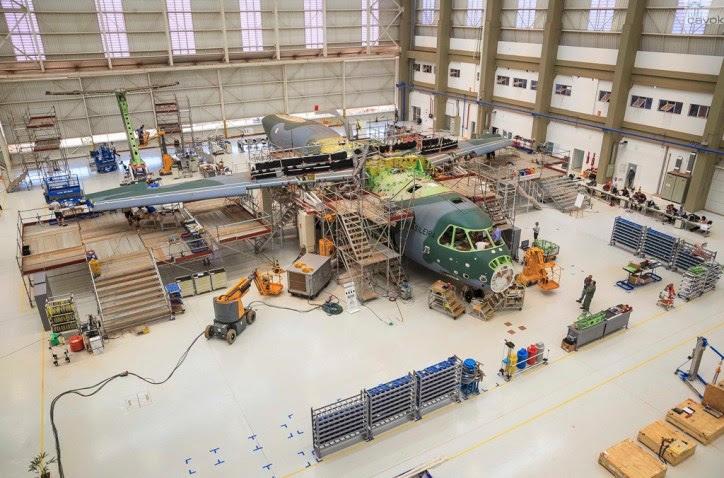 O segundo protótipo do KC-390 deve ser apresentado em setembro ou outubro de 2015. (Foto: Sgt. Batista / Agência Força Aérea)