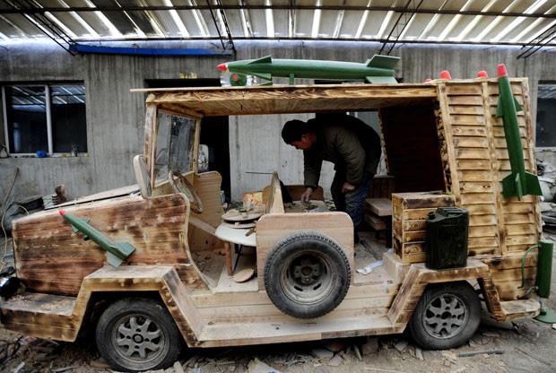 Veículo mede 2,5 metros de comprimento, 1,3 metro de largura e pesa mais de 350 quilos (Foto: AFP)