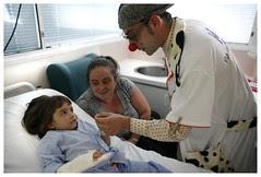 El programa Sonrisas para los Niños Hospitalizados en el Hospital General de Alicante - Fundación ROSE Caja Mediterráneo