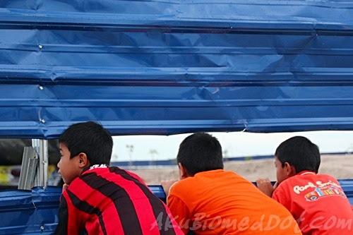 3 Ninjas koning skodeng kapal selam di Pantai Klebang
