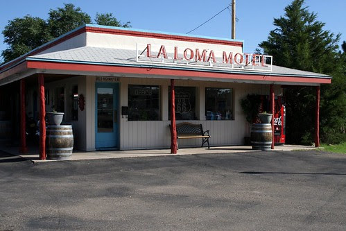 la loma motel lobby/office