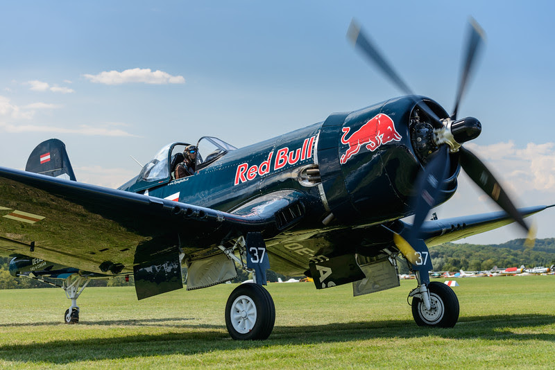 F4U Corsair taxiing in at Hahnweide 2013