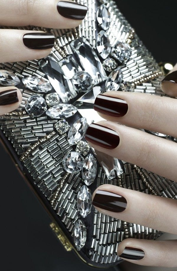 Classy mani and beautiful clutch