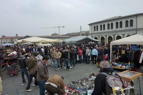 Paseando por Turin, mercado de las pulgas