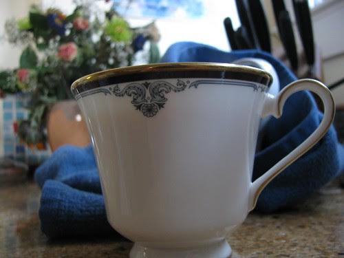 teacup w flowers