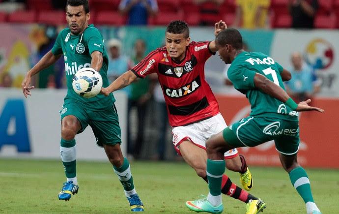 Everton Flamengo x Goiás (Foto: Jorge William / O Globo)