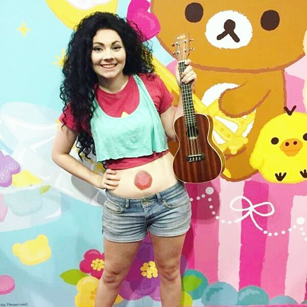 I felt so cute as Stevonnie at AX!! @zaarzatron taught me the SU theme on ukulele and I got to sing it for a few people :D
