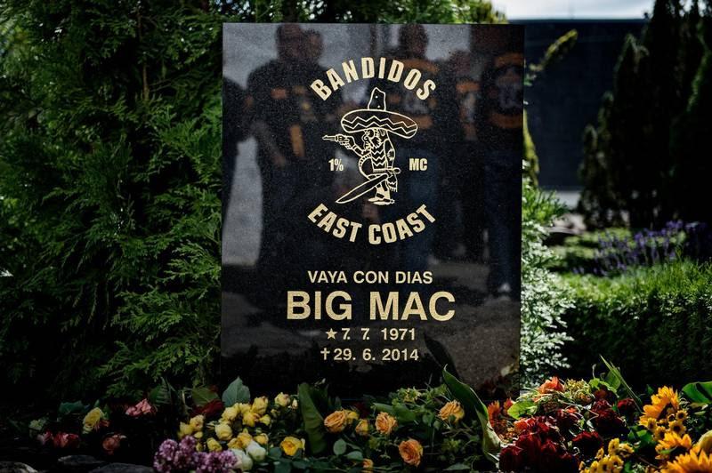 Stavefejl på gravstenen. (Foto: Henning Hjorth)