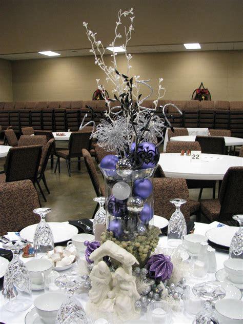 purple white silver  black table decoration