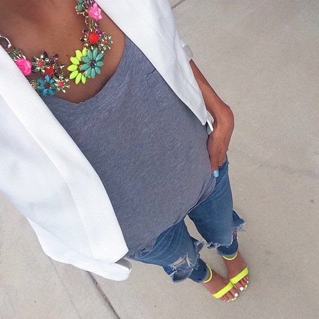 SnapWidget | Neon vibes today with this @ilycouture necklace #ootd #neons #currentlywearing