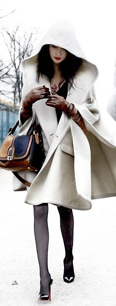 Street Style | Winter Cape (Assassin's Creed inspired?? i am such a bloody nerd...)