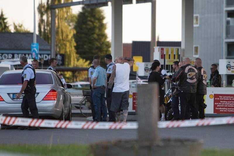 En tysk Hells Angels-roker blev beskudt på denne tankstation. Foto: Nicolai Brix
