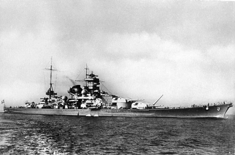 """File:Bundesarchiv DVM 10 Bild-23-63-07, Schlachtschiff """"Scharnhorst"""".jpg"""