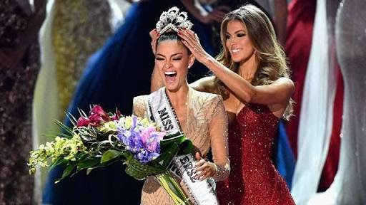 Miss South Africa Wins 2017 Miss Universe