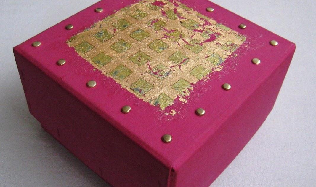 Mobilier table d coration boite en carton - Boite en carton decoree ...