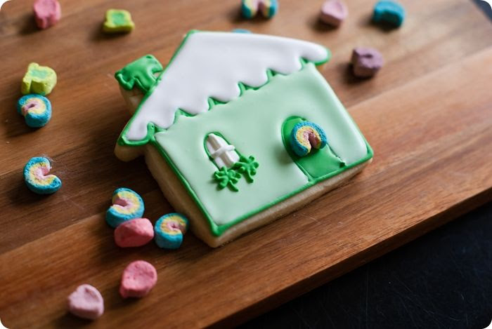 decorated cookies for St. Patrick's Day: leprechaun cottages!