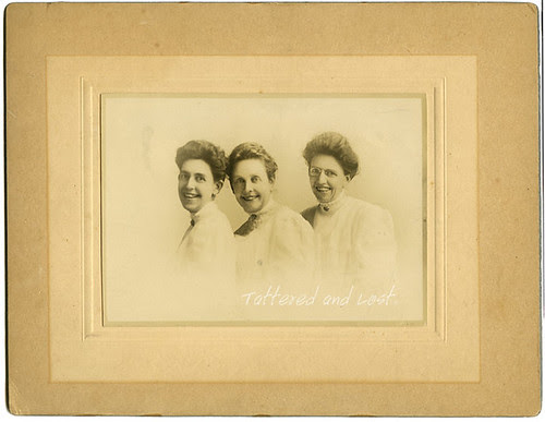 sisters_1908_tatteredandlost