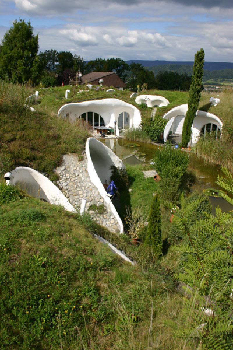 Casa oásis oculta sobre a terra na Suíça 13