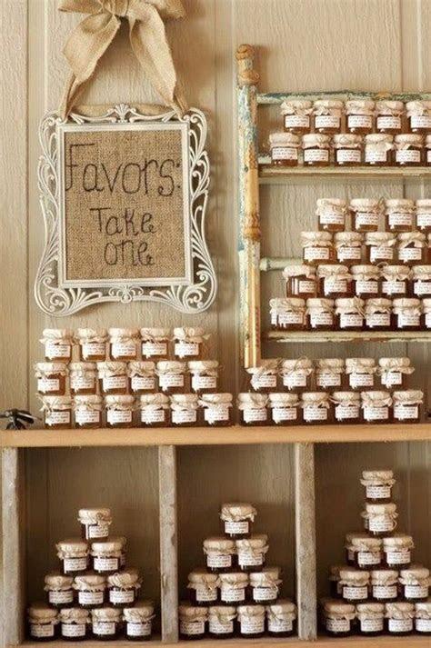 fall wedding favors  original  affordable ideas