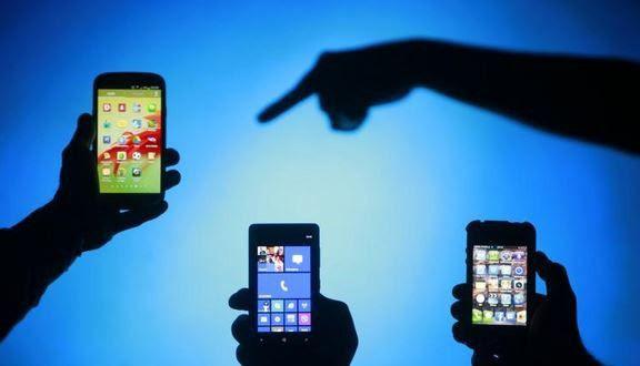 Οι 8 βλαβερές συνέπειες από τα κινητά τηλέφωνα