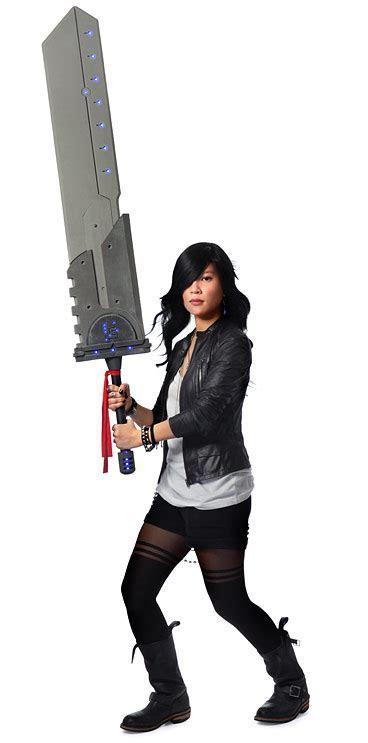 Massive Cosplay Titan Sword   ThinkGeek