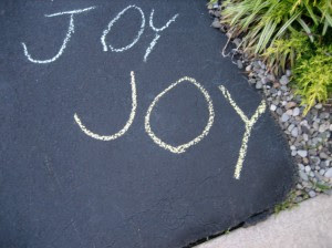 A message of joy for passersby