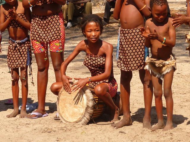 Rw9Wes xhtUyEEJg4QDcgn5FIApE4uh zl8aQBHAWYQeTyErhYF3mAbnSKBhmagWcKLIj5dLFxYGVOa 7PxjKWjScvrB03W8zrGm38ELlSKIVQ=s0 d San Bushmen People, The World Most Ancient Race People In Africa