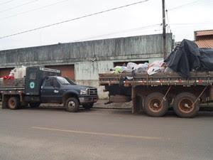 Dois caminhões foram apreendidos na casa do vereador Rogério Saraiva e do irmão dele (Foto: Divulgaação/PC)