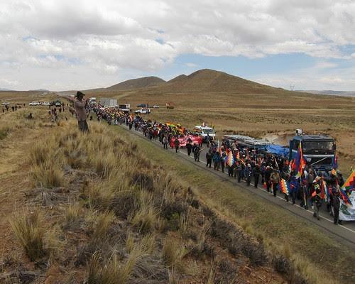 Marcha de los movimientos sociales rumbo a la ciudad de La Paz Bolivia