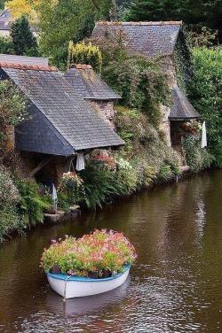 Pontrieux, Brittany