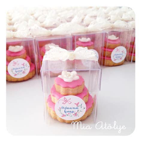 Stacked wedding cake cookies   Wedding   Wedding cake