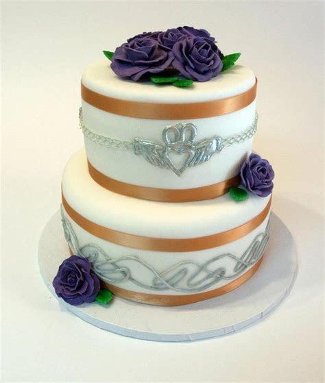 Celtic wedding cake   Wedding Ideas   Pinterest   Irish