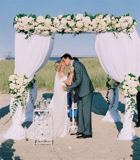 Great Wedding Ceremony Ideas   MODwedding